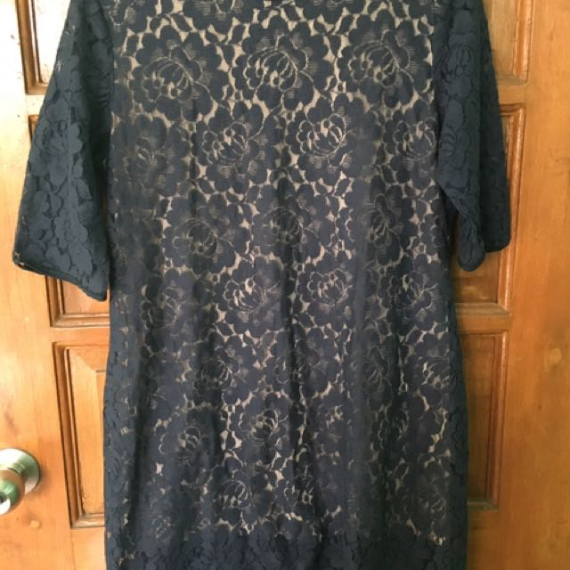 Pre-loved Lace Dress