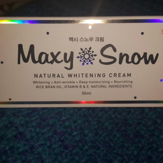 Sarange Maxy Snow