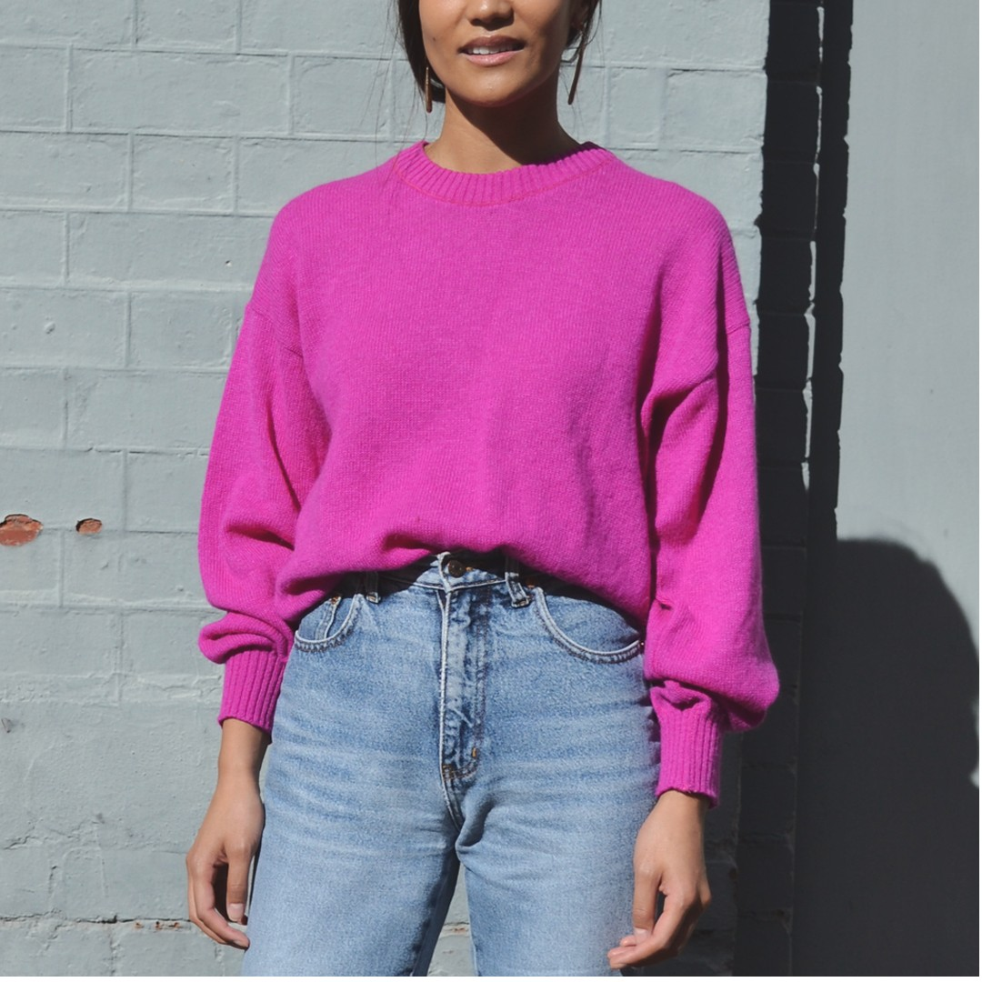 Vintage 100% lambswool magenta sweater