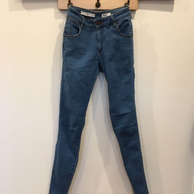 Wrangler Pins Jeans Size 7