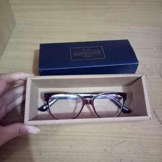 Kacamata Michikolatte