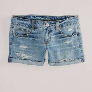 AE ripped Denim Shorts