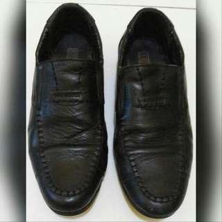 Sepatu Pantovel Kulit Asli