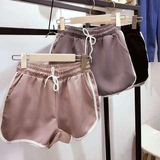 質感運動短褲