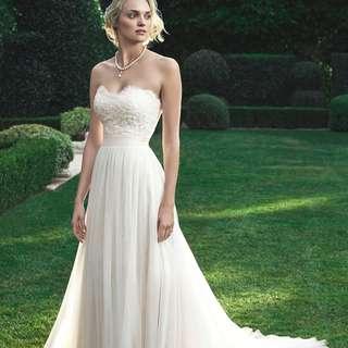 "CASABLANCA BRIDAL GOWN ""2205""/""Magnolia"" (Size 10; reg length)"