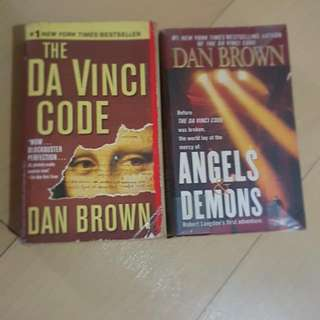 Da Vinci Code and Angels and Demons Set By Dan Brown