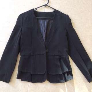 Size 6 blazer