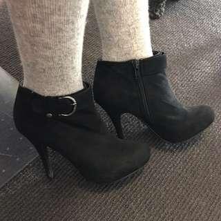 Black High Heal Boot