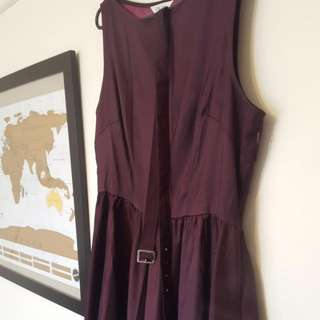 Ladies 16 Purple Sleeveless Dress
