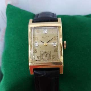 beautiful classic solid gold swiss 1940s vintage bulova diamonds dial  Manual wind mechanical  movement with sub seconds men's or unisex  14k gold watch!
