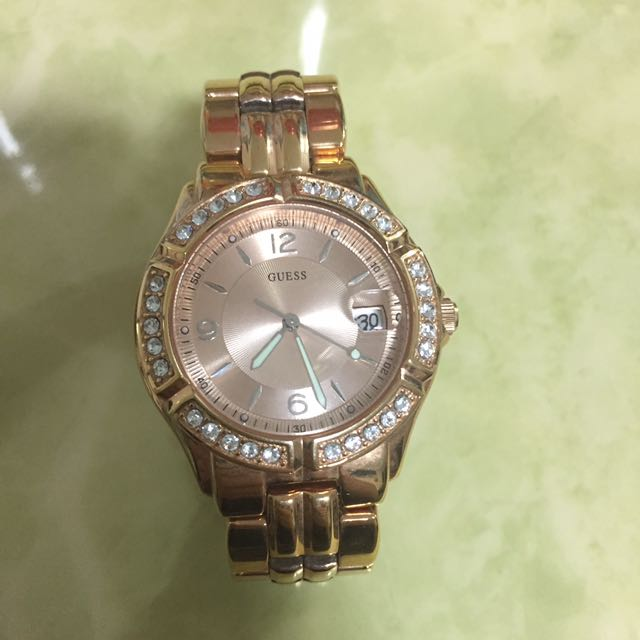 7fc37f03a3cf 100% Authentic Guess Watch