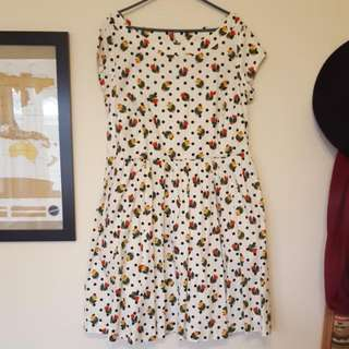 Ladies 16 Dress Dotty Tulip Pattern