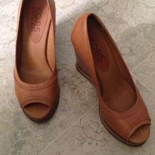 Sepatu Michael Kors