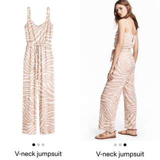 V-neck Jumpsuit H&M