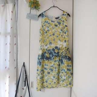 👇🏻降價👇🏻<私物>Wanko專櫃 黃色花草側邊珠珠洋裝 #爸爸節八折