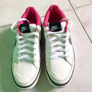 Nike Shoes USSize 7.5