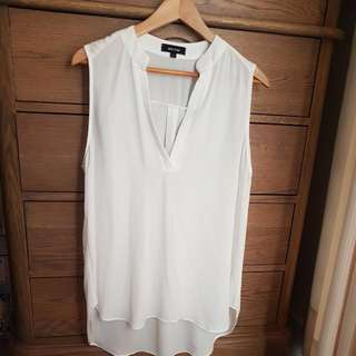 MAXIM Sheer White Top Size M