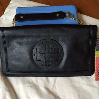 Tory Burch Suki Reva Textured Leather Clutch 100% Authentic