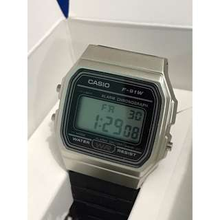 AUTHENTIC CASIO WATCH - Classic Silver