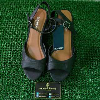 OLD NAVY Wedge Sandals ❤
