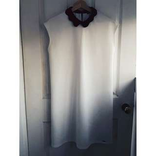 White MOHITO dress with black collar
