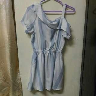 🚚 水藍直條斜肩洋裝