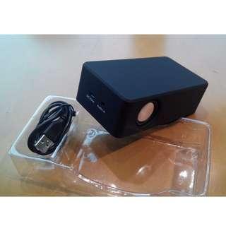 Speaker bluetooth wireless cellphone USB power 3.5mm input