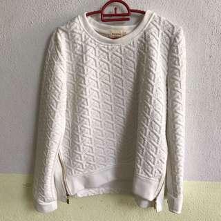 Milktee Sweater