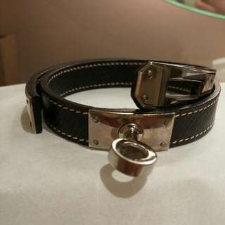 Hermes Leather Bangle ~ S Size