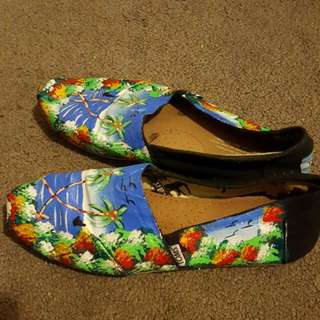 TOMS Hand painted