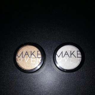 Make Over Powder Eyeshadow kiri : Golden Attack (warna Gold) kanan : Holy Kce (warna Putih) Bisa Untuk Highlight Sudut Mata, Hidung, Bawah Alis.