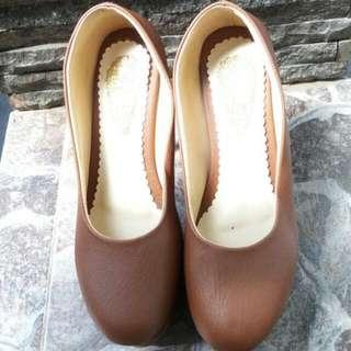 Pantofel Heels