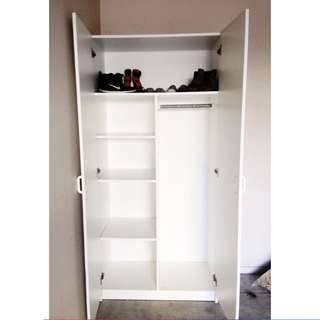 Cupboard/wardrobe With Shelves