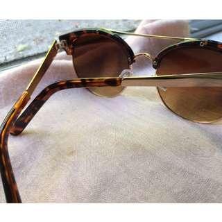 half frame tortoise shell clubmaster sunglasses