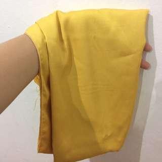 Pashmina Besar Kuning
