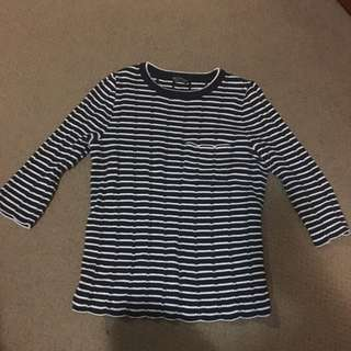 Striped 3/4 Jumper w Front Pocket