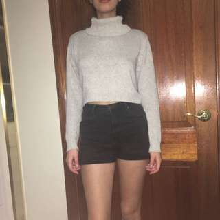 Cropped Padded Elbow Jumper