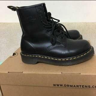 正品 Dr.martents 1460八孔馬汀靴 UK3