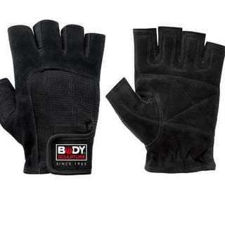 Brand New Leather Fitness Gloves For Men / Medium Size (Body Sculpture)