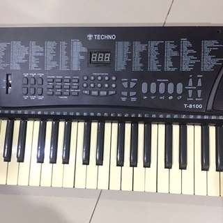 Keyboard Electronic Kecil