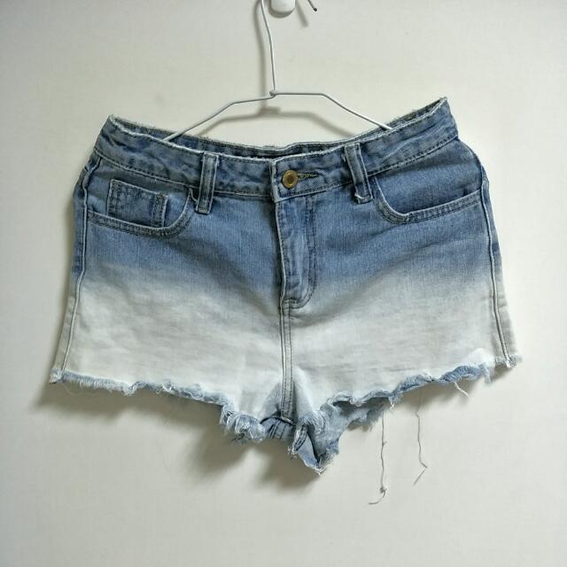 <特價含運> 漸層藍白短牛仔褲 Queenshop Jeans  #旺旺一路發