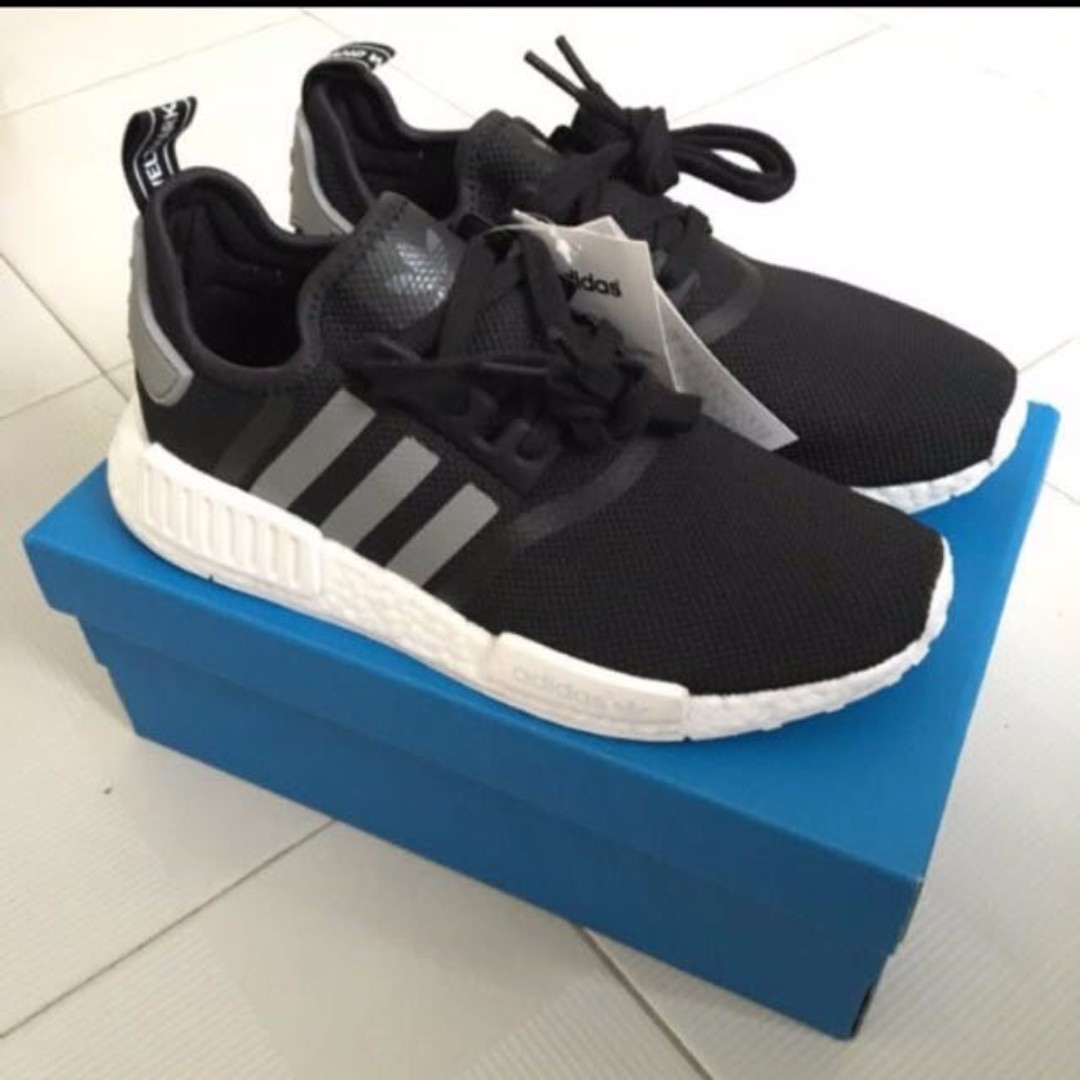 01723a15846a7 adidas NMD R1 Core Black Charcoal Ftwr White US8 UK7