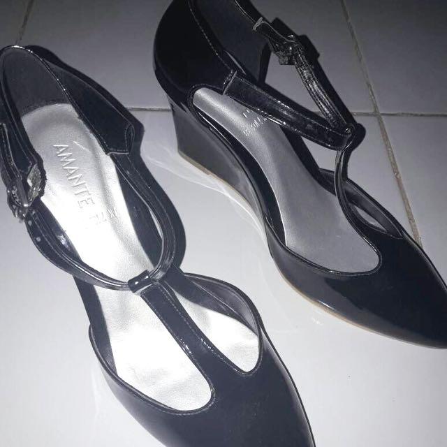 Amante Black Shoes Size 38