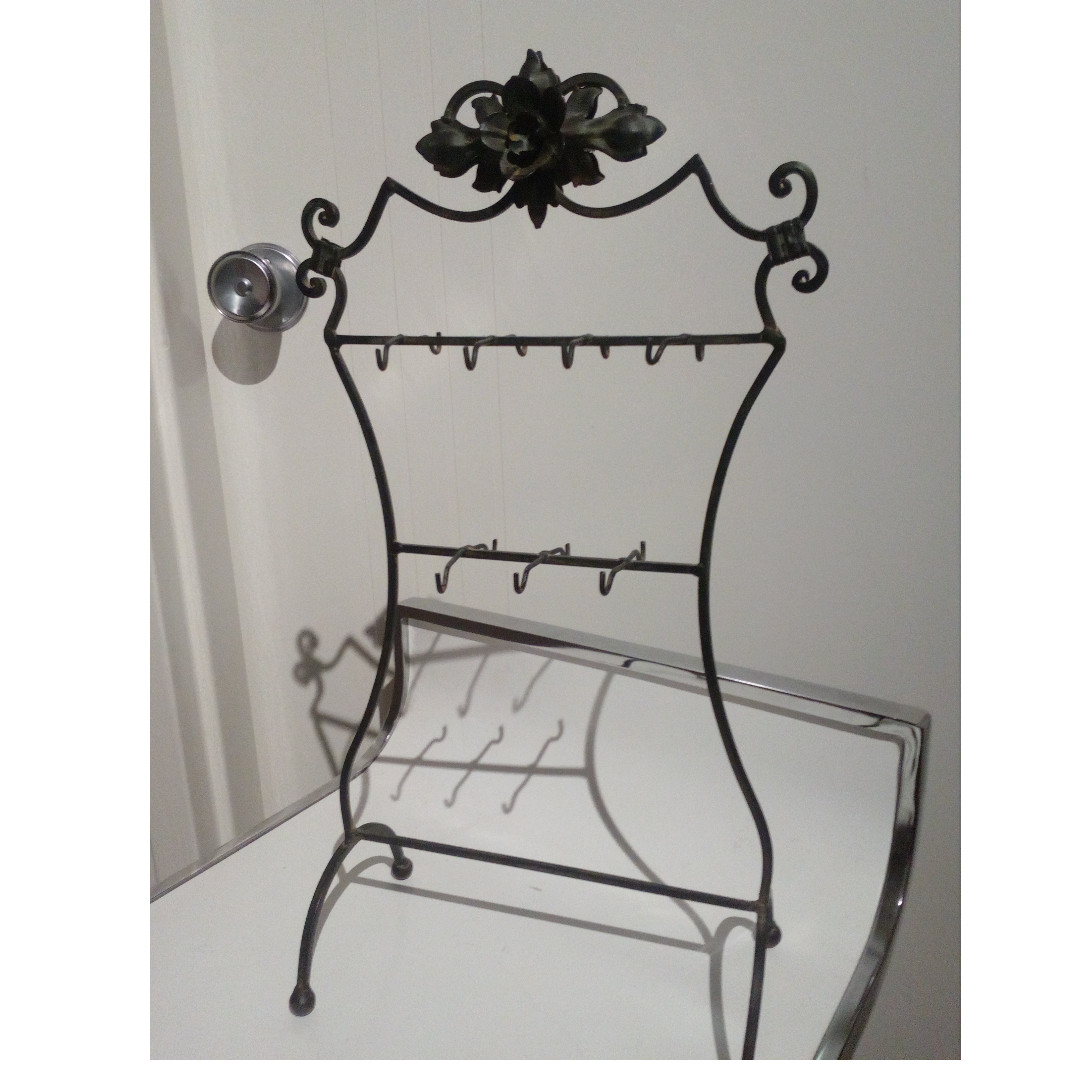 'Antique' Necklace Stand