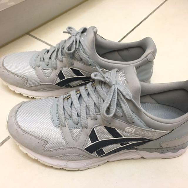 Asics 休閒鞋