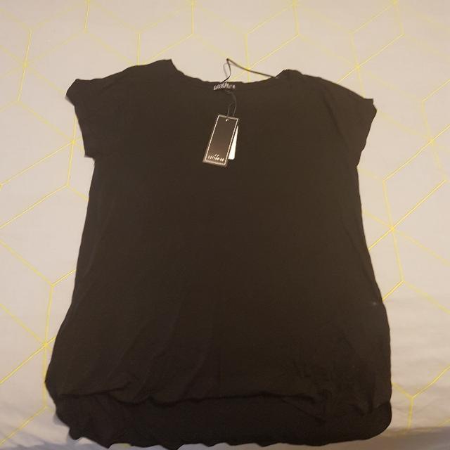 BNWT Cotton On Tshirt