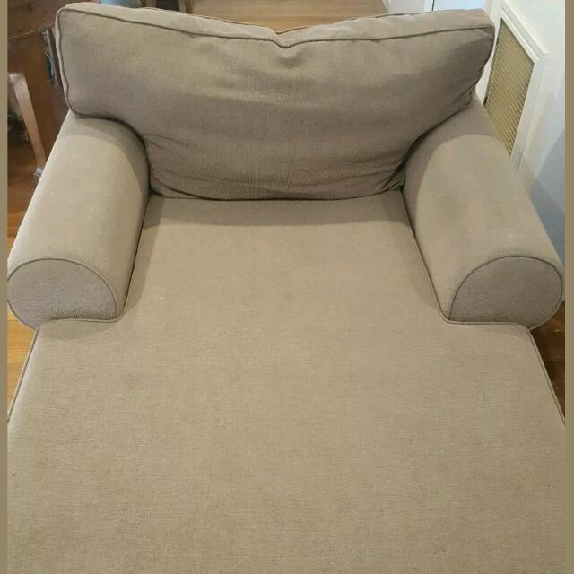 Couch/Day Bed Preloved