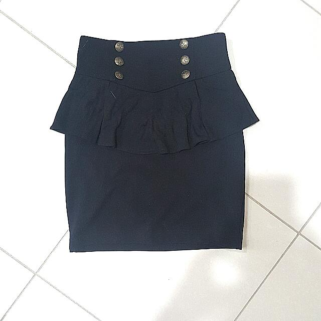 High Waisted Black Skirt Size 8