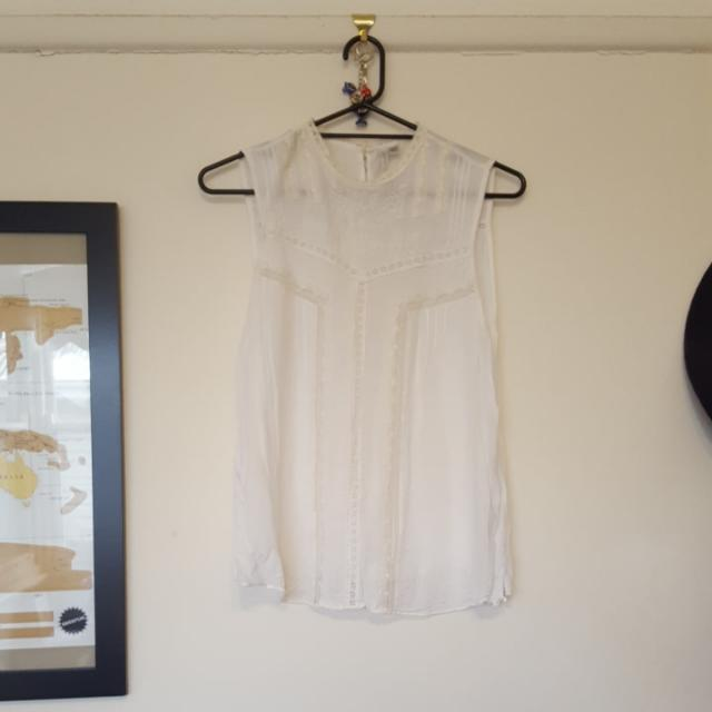 Ladies 16 Forever New White High-neck Top