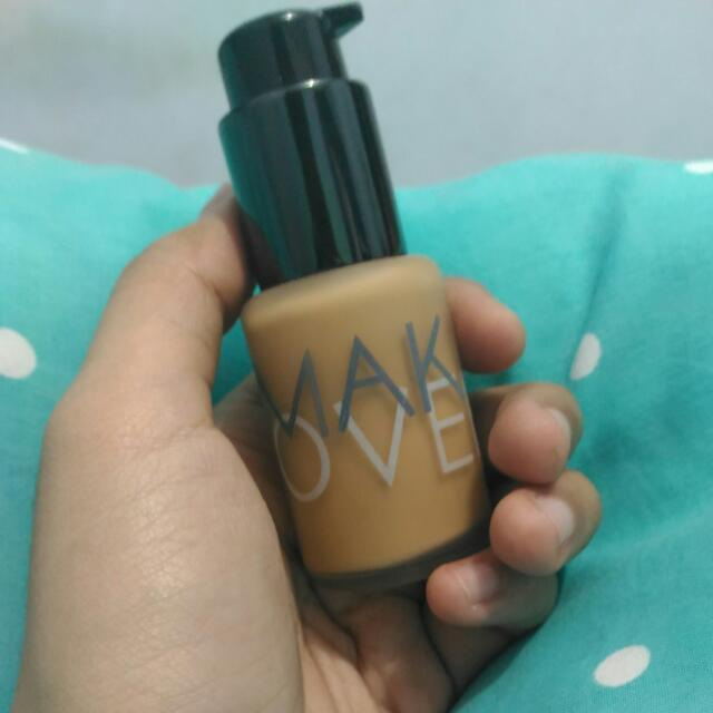 MAKE OVER LIQUID MATT FOUNDATION SHADE 06 (Beige Blast)